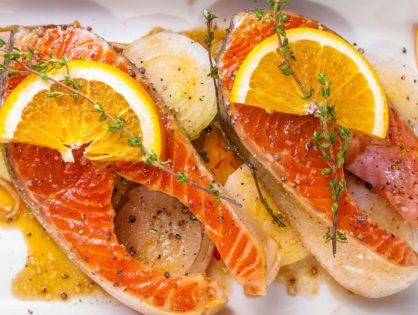 Форель с апельсиновым соусом.